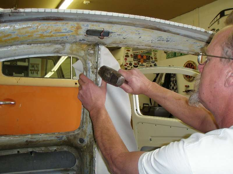 sunroof headliner installation vw bug sunroof headliner volkswagen beetle install